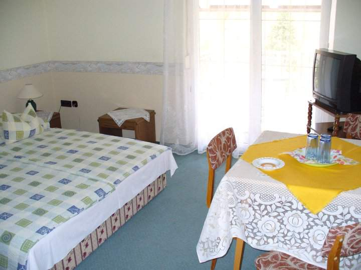 2-3-4 bedroom rooms in the guesthouse